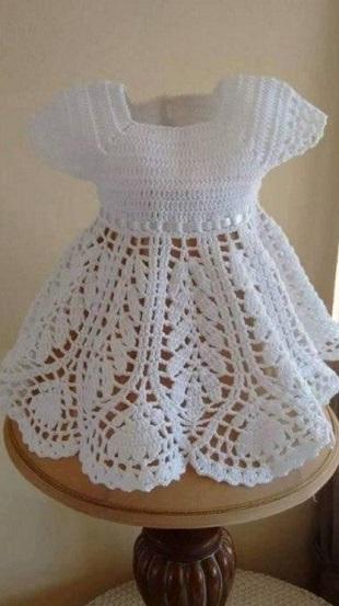 Вязание платья для малышки крючком