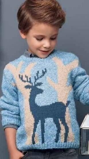 Детский пуловер с узором спицами