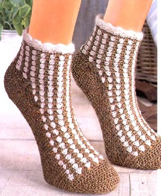Носки можно вязать не только