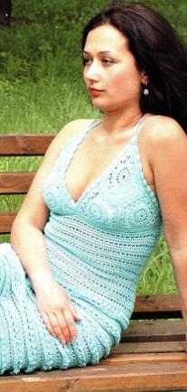 Ажурное вязаное платье