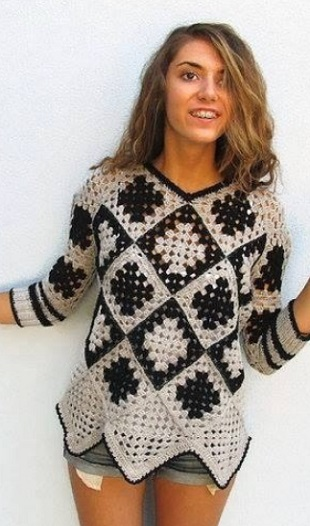 Пуловер, связанный узором Бабушкин квадрат