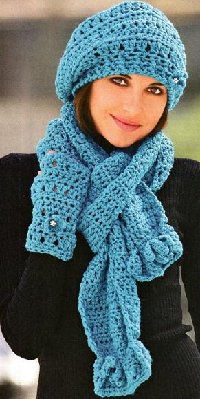 Шапочка, шарф и митенки