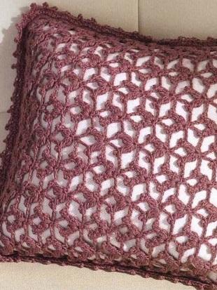 Ажурная подушка крючком