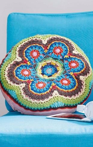 Вязание круглой подушки крючком