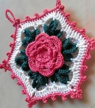 Прихватка с объемной розой