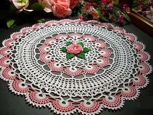Салфетка с розой крючком