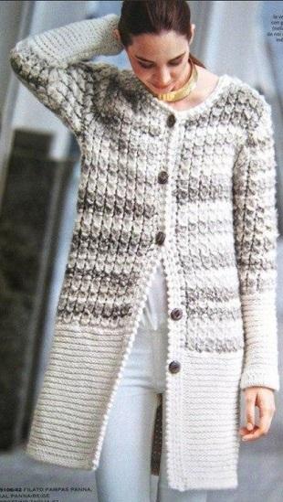Теплое пальто спицами