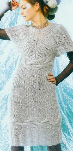 Оригинальное платье спицами