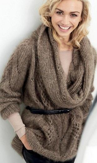 Пуловер со съемным воротником спицами