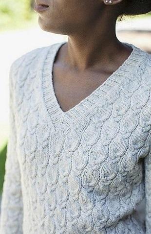 Вязание пуловера с косами