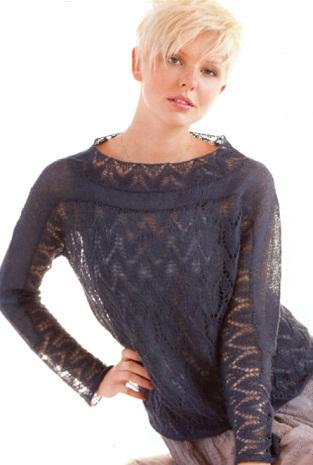 Пряжа 72% шерсти и 28% бумаги.  Схема вязания ажурного пуловера спицами.