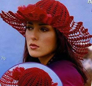 Красная шляпа крючком